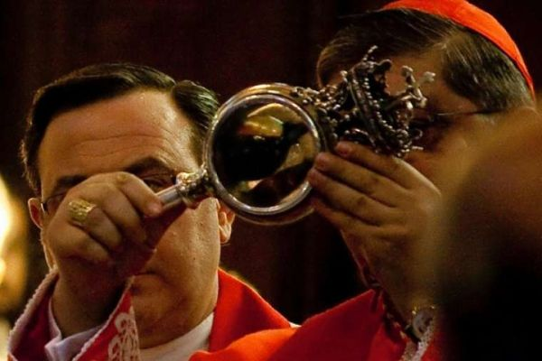 The Blood of St. Januarius in 2009 by Paola Migni